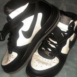 Black and grey mid Air Force ones sz 6Y